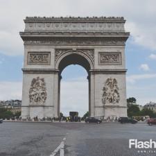 eurotrip wakacje w europie stolice Paryż Łuk Triumfalny