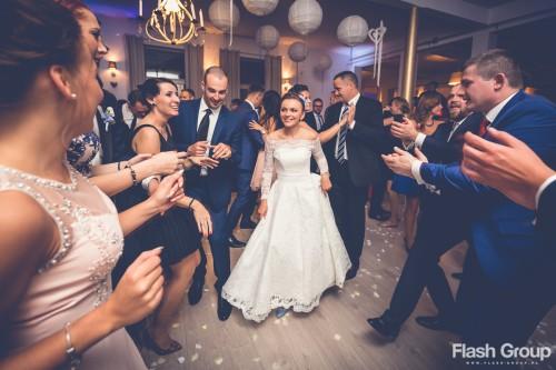 młoda para najlepsze wesele tak się tańczy