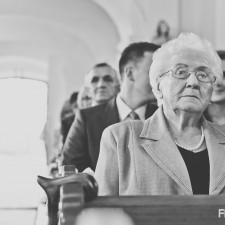 babcia w kościele