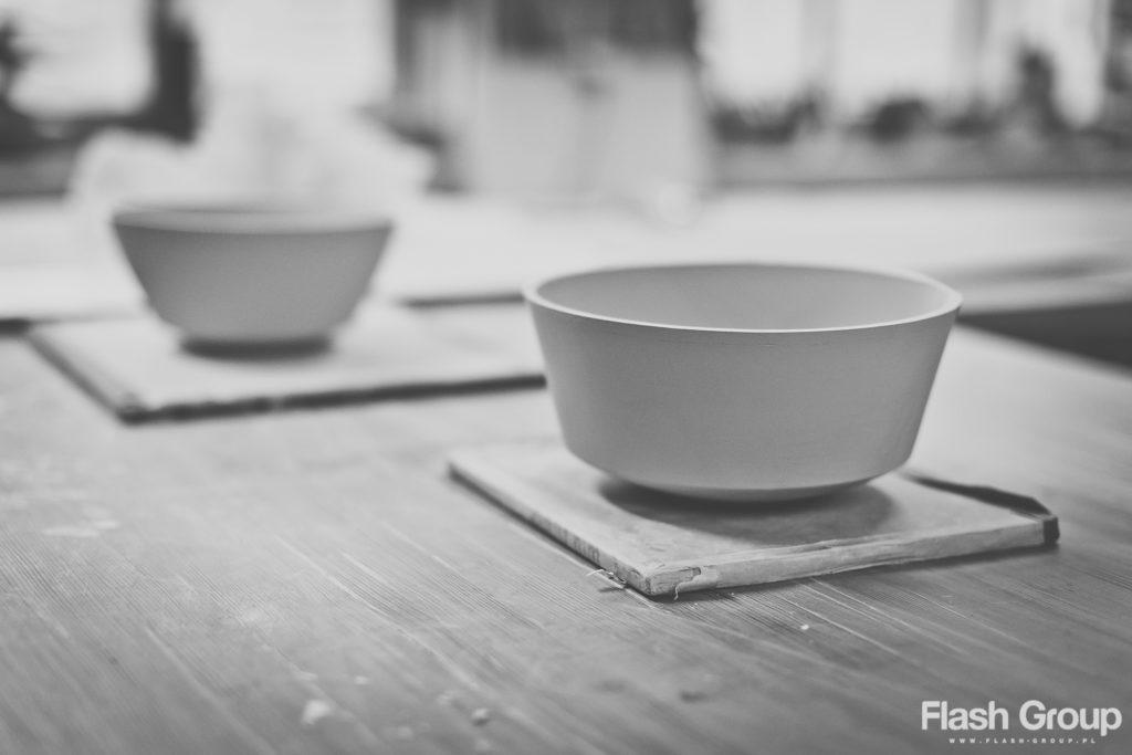 fotografia produktowa arek szwed własnoręcznie robiona porcelana flash group poznan blazej pszczolkowski
